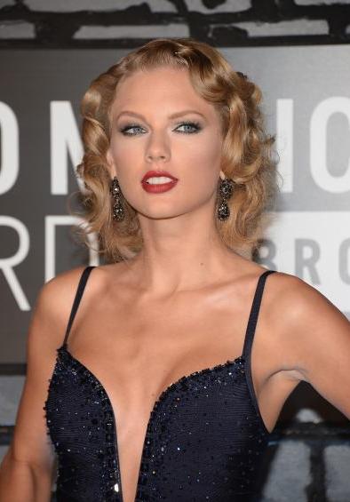 Taylor Swift VMAs 2013 Popquerías